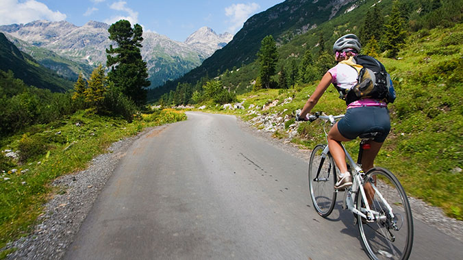 20865 - Bicycling Through Northern Italy